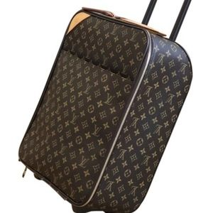 Authentic Louis Vuitton pegase 45 carry on